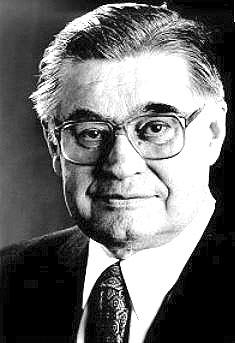 Das Foto zeigt den ehemaligen Bremer Bürgermeister Hans Koschnick.