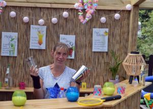 Kommt seit sage und schreibe 35 Jahren auf den Campingplatz: Katja Wirth - jetzt hat sie sogar eine eigene Bar.