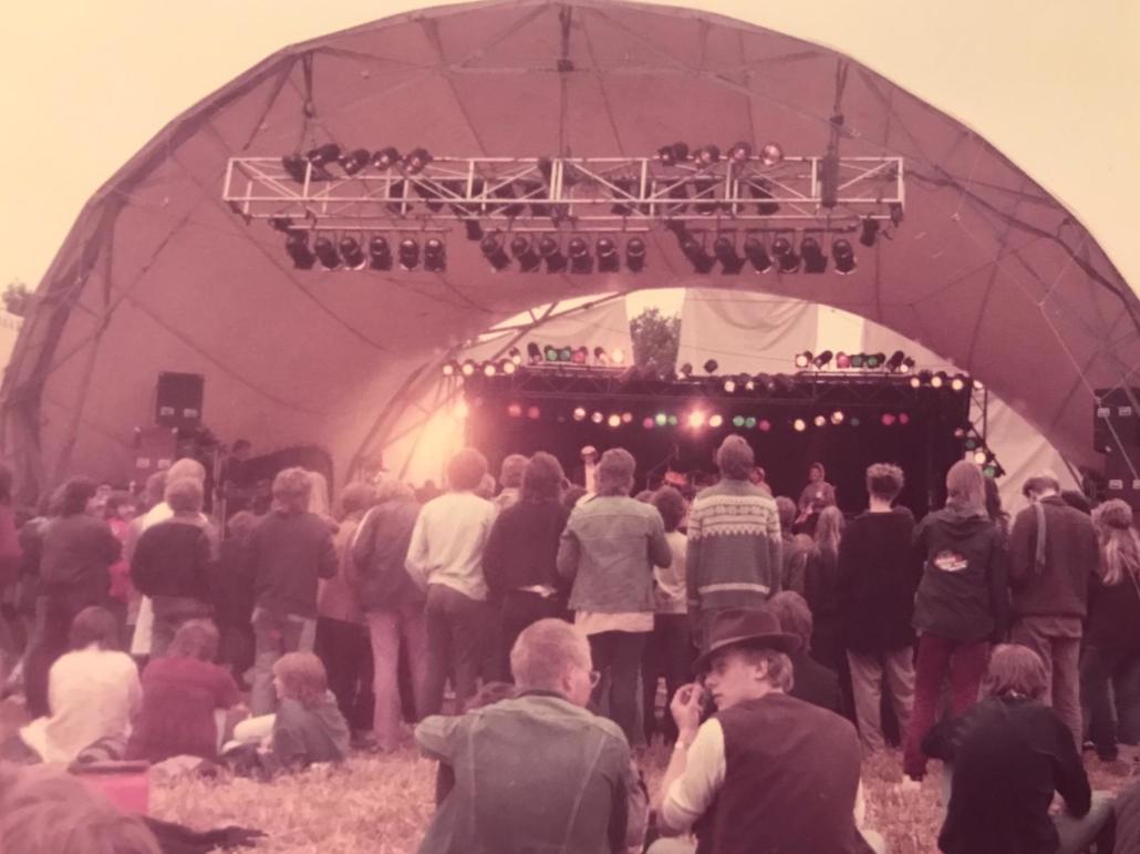 Festival-Feeling in den 80er-Jahren. Das Foto stammt nicht aus Bruchhausen-Vilsen, sondern aus Wildeshausen. Repro: Schümann