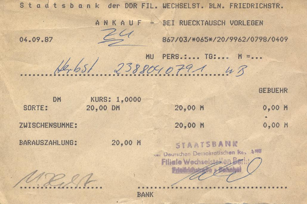 Eine Umtauschbescheinigung der Staatsbank der DDR.