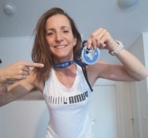 Vivian Tylla mit Medaille