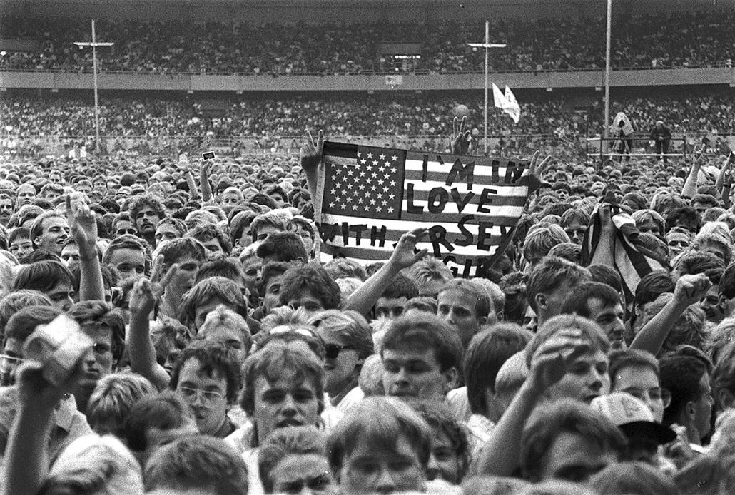Fans im Weserstatdion 1988.